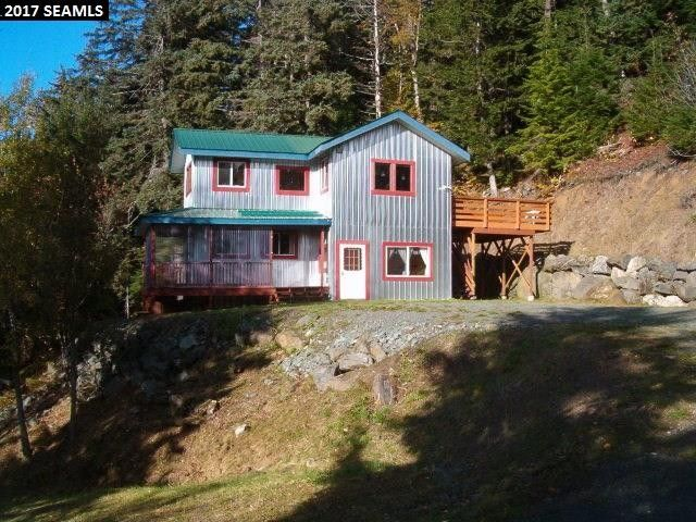 336 Cathedral View Dr, Haines, AK 99827