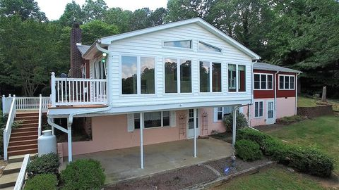 Excellent Waterfront Homes For Sale In Lake Gaston Nc Realtor Com Interior Design Ideas Apansoteloinfo