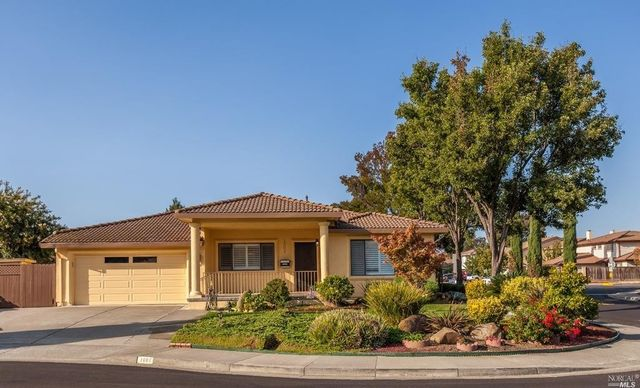 1001 Shire Ct, Fairfield, CA 94533  Home For Sale  Real Estate  realtor.com®