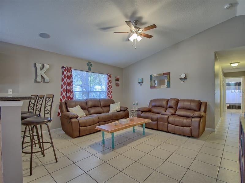 40316 Palm St, Lady Lake, FL 32159
