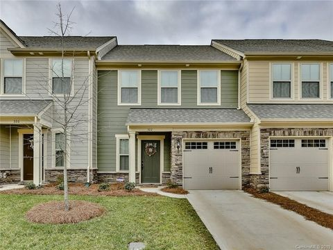 322 Scenic View Ln, Stallings, NC 28104