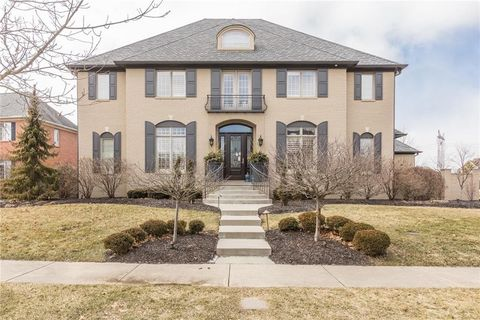 Photo of 6696 E Stonegate Dr, Zionsville, IN 46077