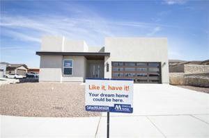 12631 Mark Twain Ave, Horizon City, TX 79928