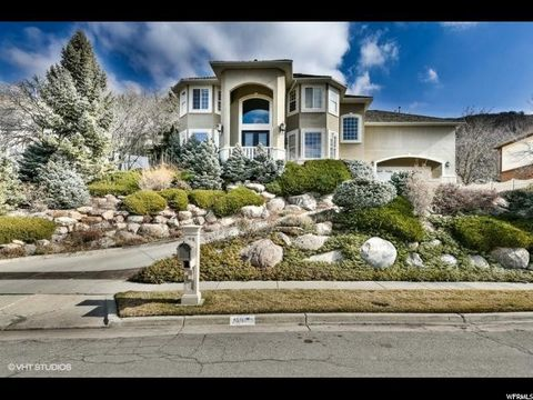 6517 S Canyon Cove Dr, Holladay, UT 84121