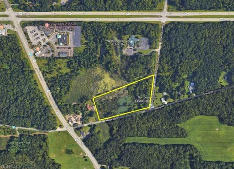 Photo of 1257 Meloy Rd, Kent, OH 44240