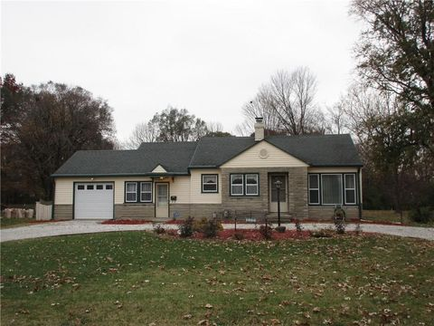 Photo of 1686 N Whitcomb Ave, Speedway, IN 46224