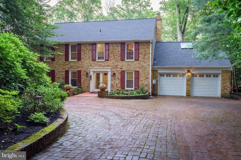 Photo of 537 Lakeview Cir, Severna Park, MD 21146