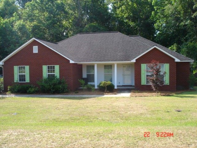 1713 Woodlawn Dr Vidalia, GA 30474