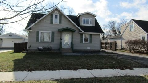 225 Hayes Dr, Northlake, IL 60164