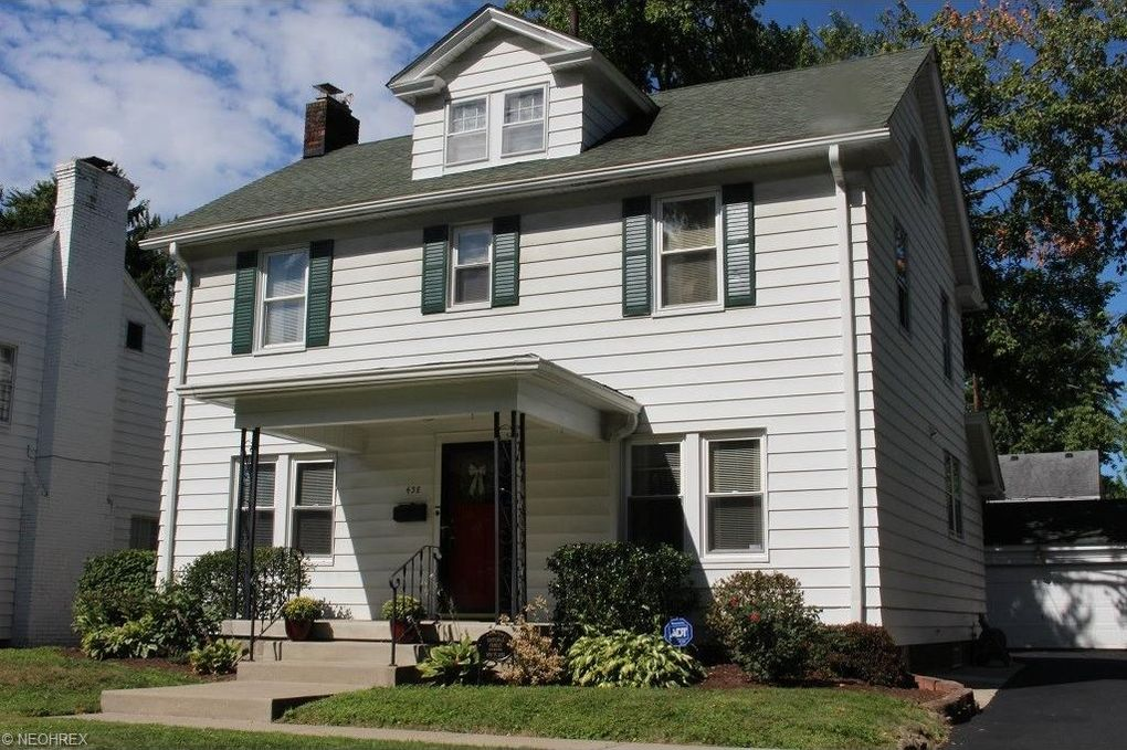Super 438 Roslyn Ave Akron Oh 44320 Home Interior And Landscaping Palasignezvosmurscom
