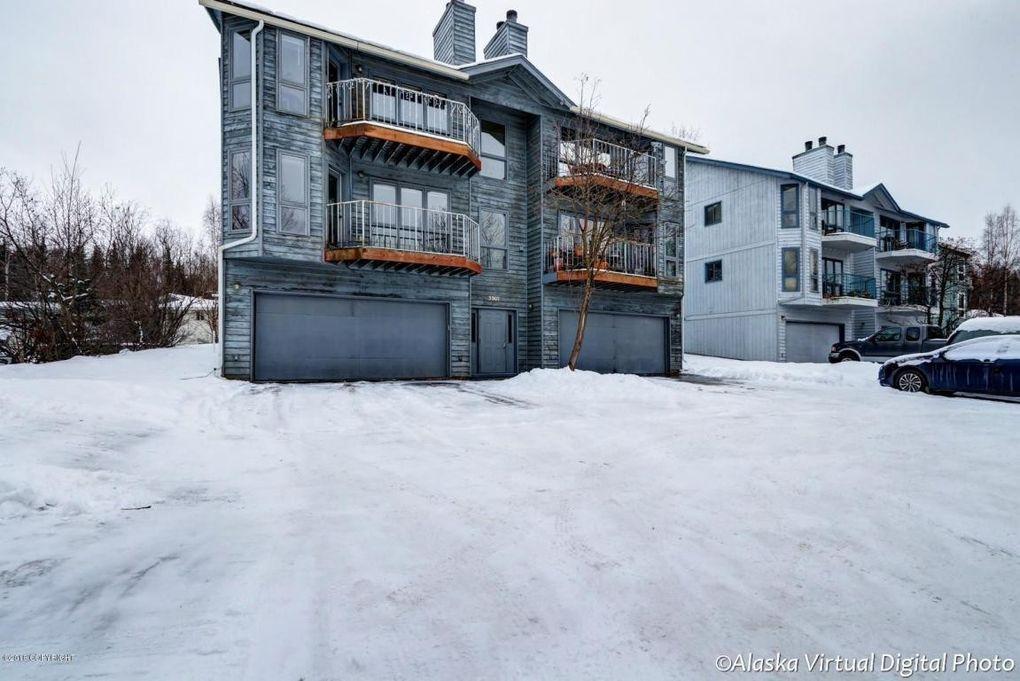 3907 Lunar Dr, Anchorage, AK 99504