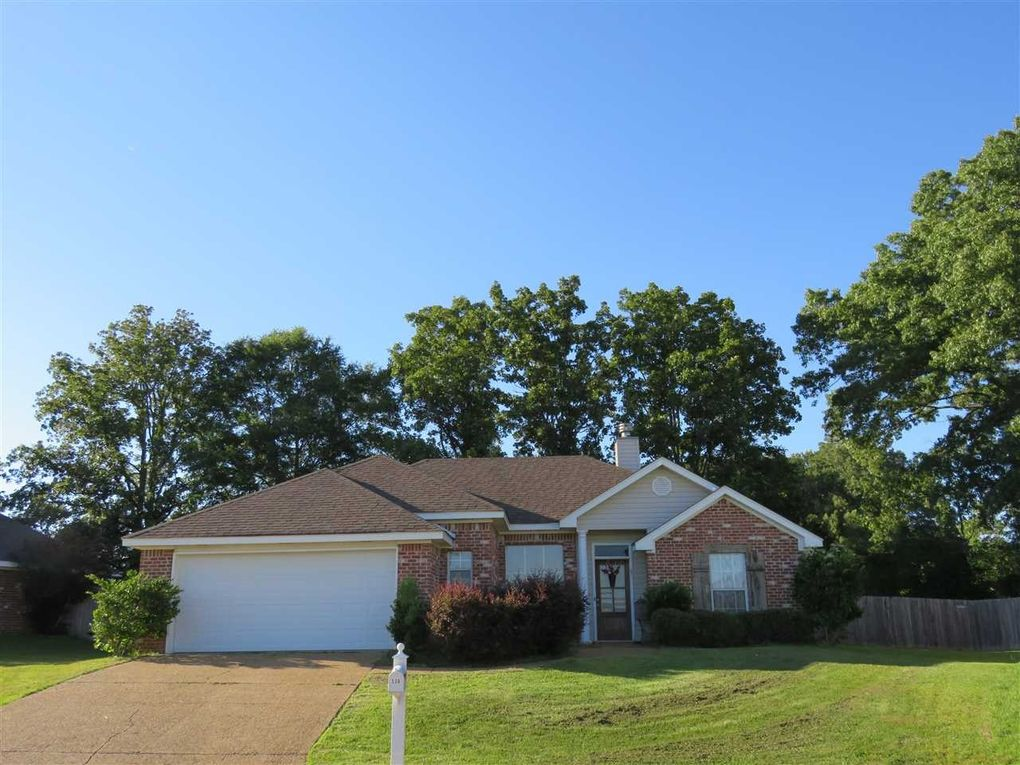 126 Beechwood Cir, Pearl, MS 39208