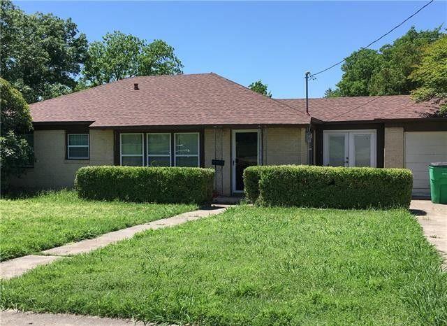 1407 Hillcrest Blvd, Gainesville, TX 76240