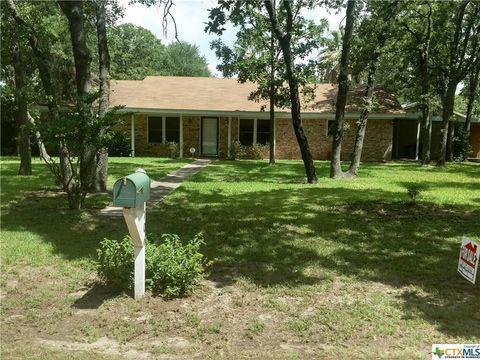 Photo of 106 Sand Oak Dr, Rockdale, TX 76567