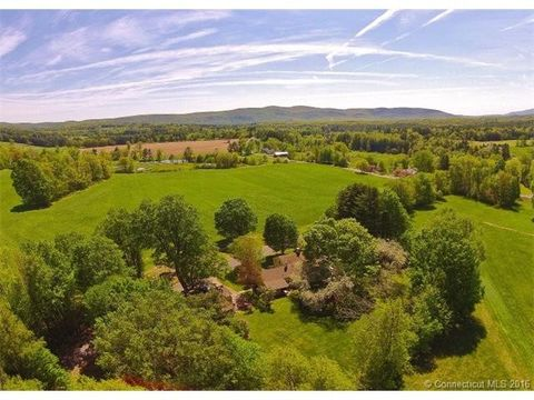 13 Tobey Hill Rd, Canaan, CT 06018