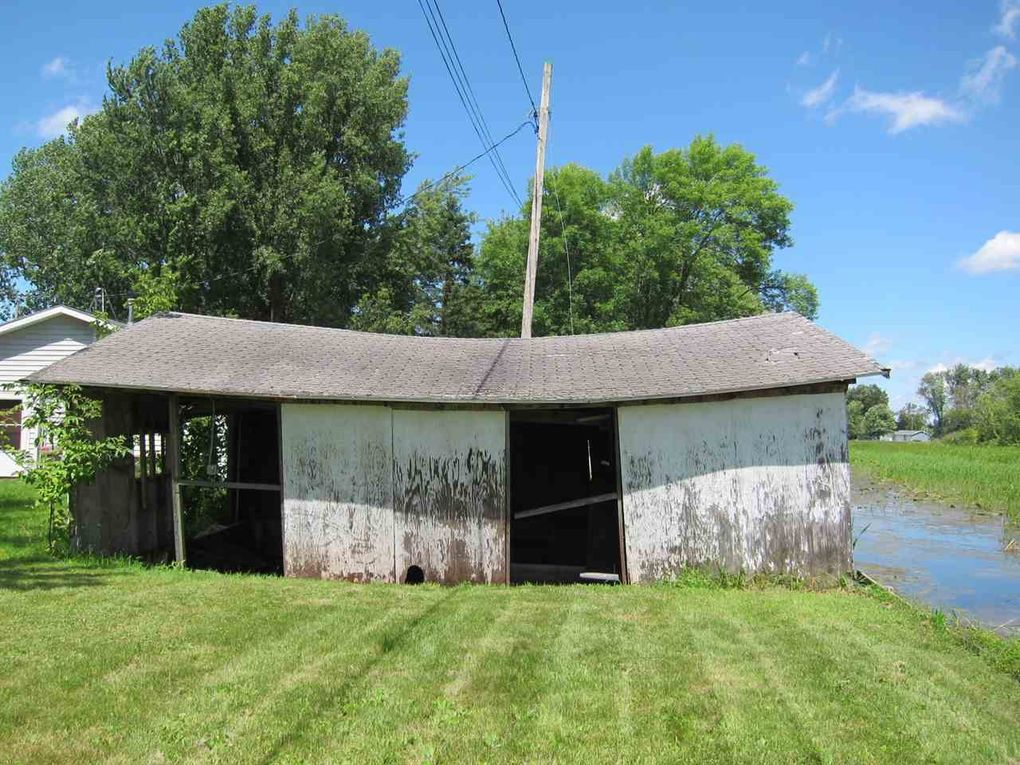 4414 Cleve St, Omro, WI 54963