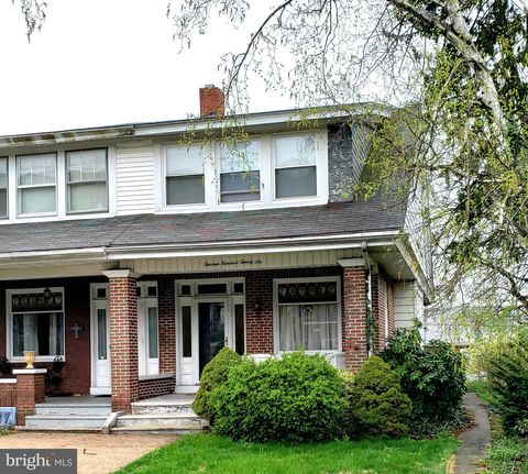 Photo of 1326 N 14th St, Reading, PA 19604