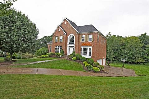 107 Honeytree Ct, Peters Township, PA 15367