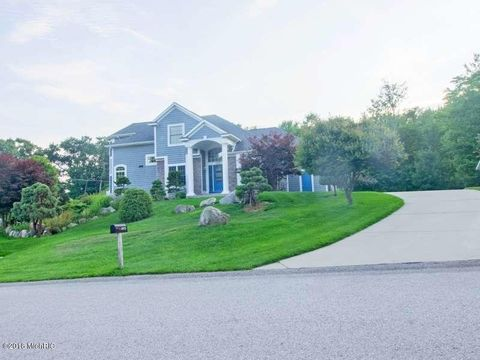 3975 Harbor Breeze Dr, Muskegon, MI 49441