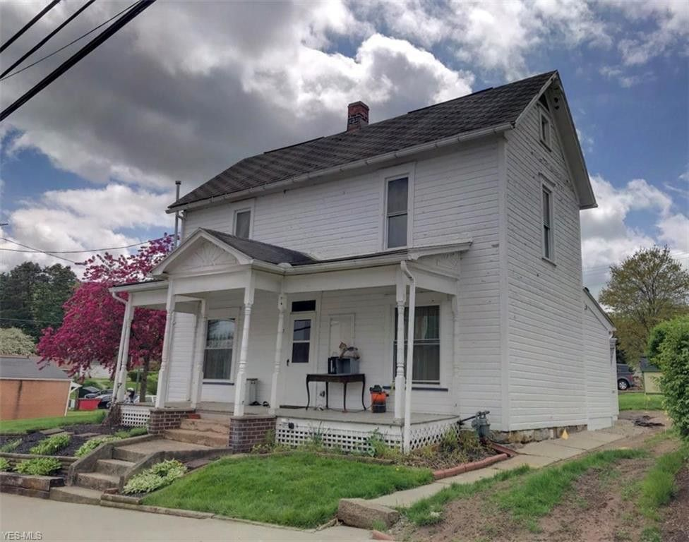208 W Main St, Bowerston, OH 44695