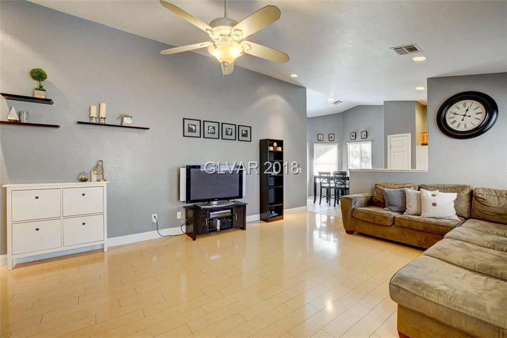 429 Waterbrook Dr, Henderson, NV 89015
