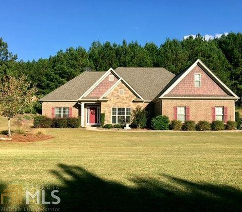 Coweta County, GA Houses for Sale with Swimming Pool - realtor.com®