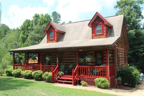 Hickory nc houses for sale with swimming pool for Home builders in hickory nc