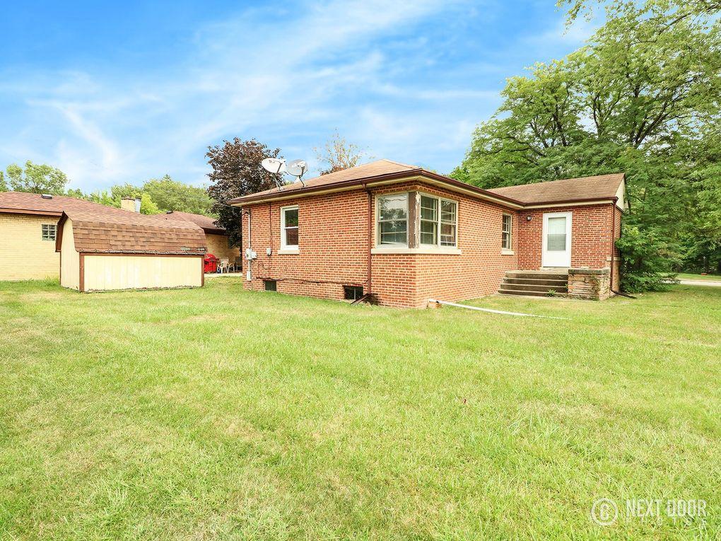1100 Augusta St, Maywood, IL 60153