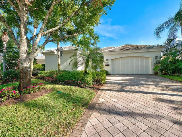 1120 Crystal Dr Palm Beach Gardens Fl 33418 Home For Sale Real Estate