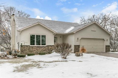 Photo of 2006 S Thompson Dr, Madison, WI 53716