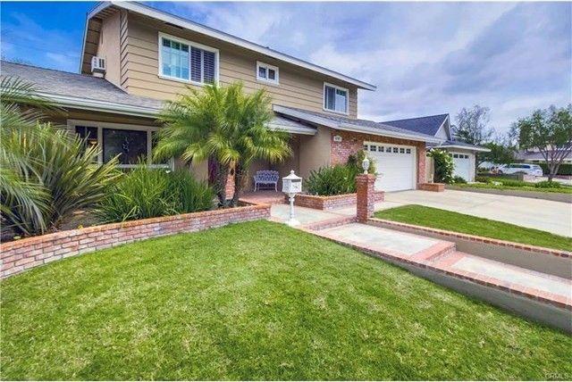 6201 Softwind Dr Huntington Beach, CA 92647
