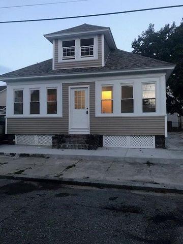 Photo of 12 Searle St, Providence, RI 02905