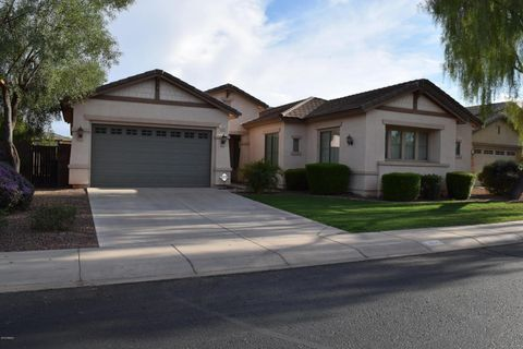 Photo of 1635 E Grand Canyon Dr, Chandler, AZ 85249