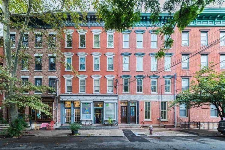 Superbe 108 Morris St Apt 3, Jersey City, NJ 07302