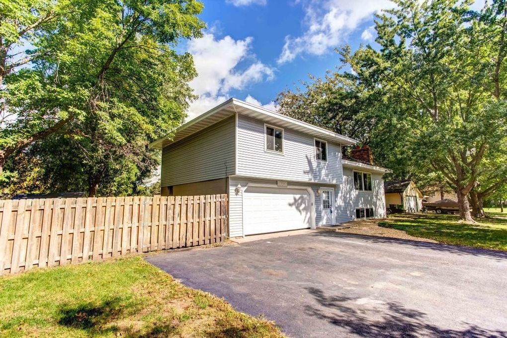 1601 132nd Ave Ne, Blaine, MN 55449