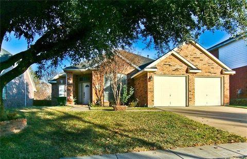 4820 New Forest Dr  Grand Prairie  TX 75052. Grand Prairie  TX 4 Bedroom Homes for Sale   realtor com