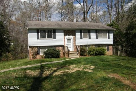 25730 Whiskey Creek Rd, Hollywood, MD 20636