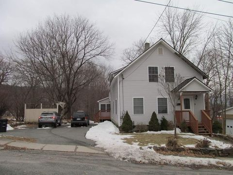 5 Tutherly Ave, Claremont, NH 03743