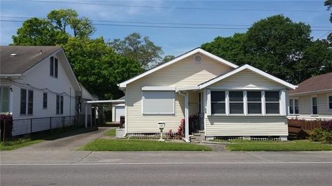 Photo of 119 Apple St, Norco, LA 70079