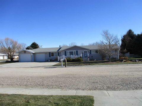 4415 Shady Ln, Scottsbluff, NE 69361