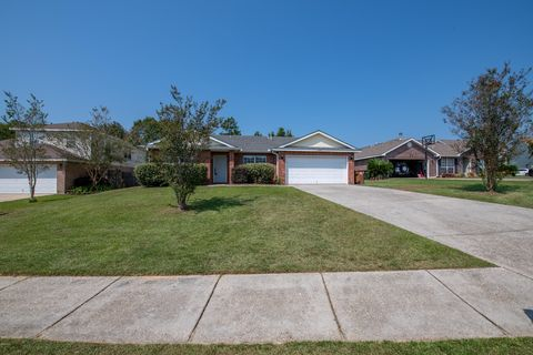 11990 Summerhaven Cir, Gulfport, MS 39503
