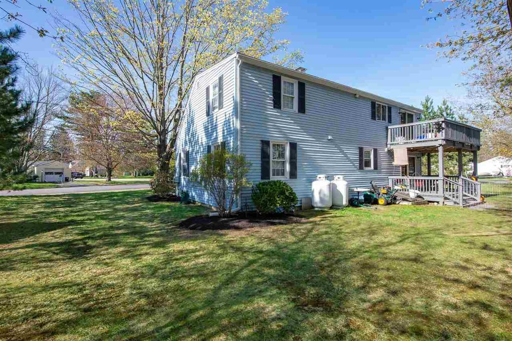 2 Maplewood Ave, Dover, NH 03820