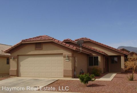 Photo of 3310 Yosemite Ct, Sierra Vista, AZ 85650