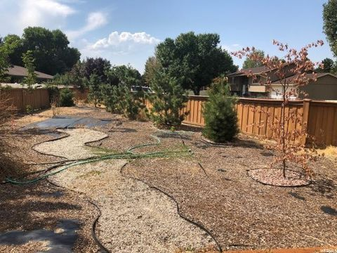Photo of 7683 S Bengal Bend Cv Lot 2, Cottonwood Heights, UT 84121