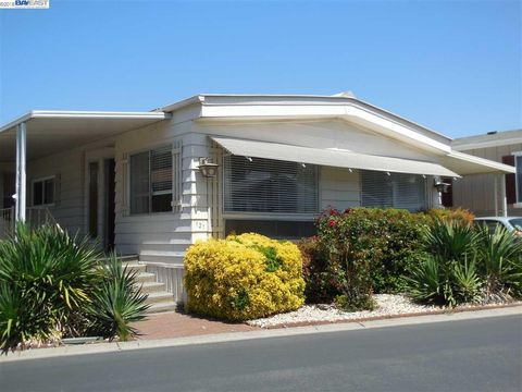 3263 Vineyard Ave Spc 121 Pleasanton CA 94566