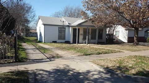 Photo of 4212 Frazier Ave, Fort Worth, TX 76115