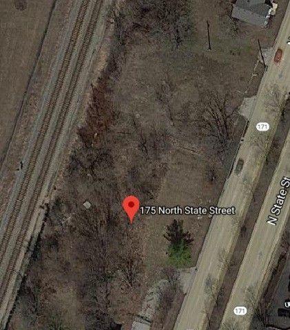 175 N State St, Lockport, IL 60441