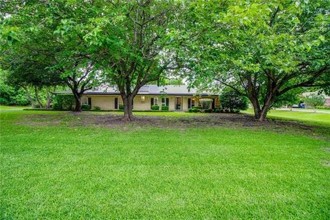Photo of 167 Skyline Dr, Murphy, TX 75094