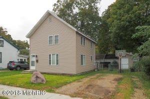 Photo of 210 Cedar St, Paw Paw, MI 49079