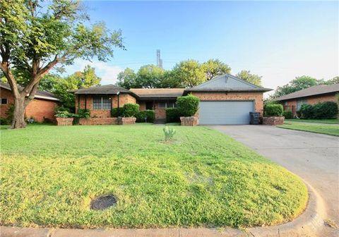 Photo of 3420 Mapleleaf Ln, Dallas, TX 75233
